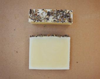 ALL NATURAL Handmade Cold process Soap Bar : Lavender