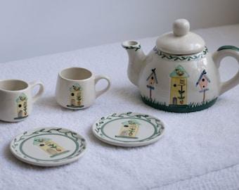Vintage Childrens Bird House Tea Set