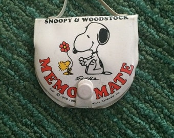 Vintage Rare 1965 Peanuts Snoopy And Woodstock Vinyl Memo Mate
