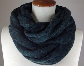 Green Infinity scarf/ Green infinity scarf with python print/ Women scarf