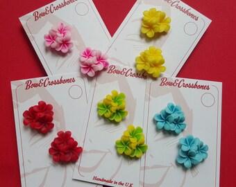Tiki flower stud earrings - rockabilly, kitsch
