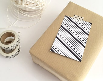 Gift Cards 10 pieces / Pattern Black & White (5,5 x 8,5 cm) / Triangles / Stripes