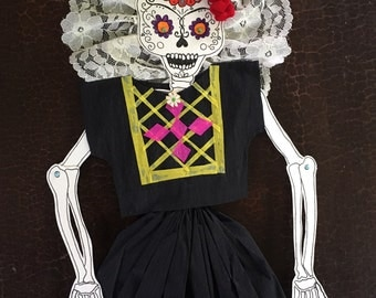 La Catrina in black - articulated paper doll