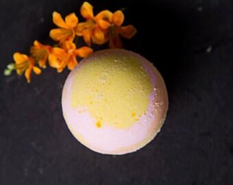Grapefruit Artisan Bath Bomb - Paradisi