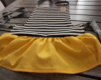 Kids Apron with Love - PDF Pattern and Tutorial