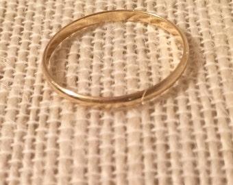 14 K Gold Band ring