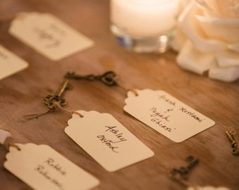 100 Elegant antique key place cards