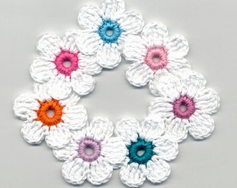 Crochet Flowers -  White Crochet Flowers - Crochet Applique - Crocheted Colored Flowers - Bright Flowers - Crochet Flowers 4cm 7 Pcs