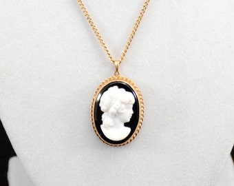 Cameo Necklace, Vintage Cameo Necklace, Carved Cameo Necklace, Gold Cameo Necklace            J717,