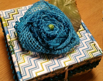 Jewelry Box. Blue and Green. Rosette.