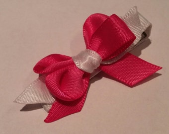 Small pink hair bow with clip