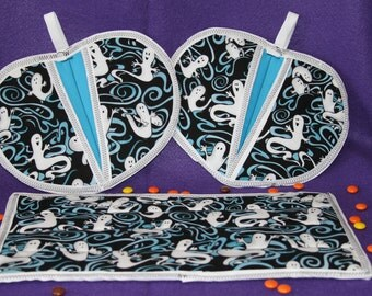 Halloween Hot Pads Black and blue with flying ghosts Set of 2 Hot pads with matching Casserole Hot pad