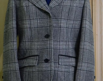 1970's Pendleton Career Plaid Houndstooth Blazer with Knotched Collar and Pockets