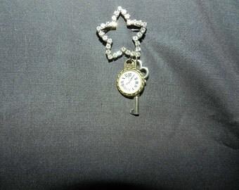 Steampunk Star pin