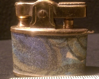 Small Pereline Japan Lighter - Brass with Interesting Fabric Detail