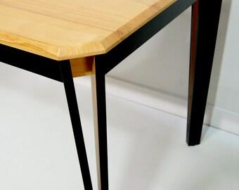 Table Olga
