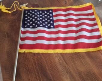 Vintage  Deluxe Desktop 50-star American Flag