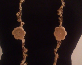 Flower necklace, made with crochet technique, decorated with wooden beads