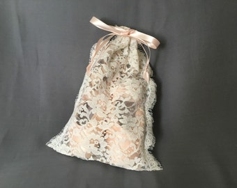 Ivory Lise Leavers Lace Pointe Shoe Bag