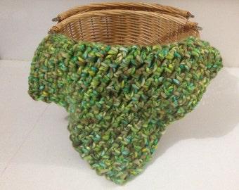 Crochet mini blanket/Photo props/Baby mini blanket props/Baby blanket photo props/Green mini blanket/Layering blanket