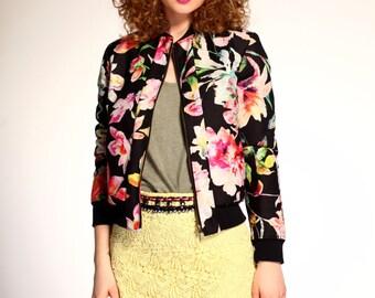 SALE/ Floral bomber jacket