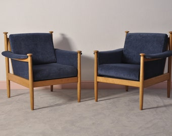 Set of 2 Midcentury Armchairs