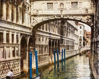 Bridge Of Sighs, Venice Italy, Gondola Photo, Venice Wall Decor, Venice Landmark Print, Fine Art Photo
