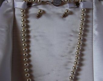 Vintage pearls, vintage jewelry, Nissan service award, imitation pearls, Mallorca imitation pearl necklace, vintage imitation pearl necklace