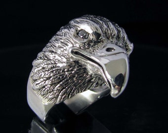 Sterling silver animal ring Eagle head with 2 white CZ eyes