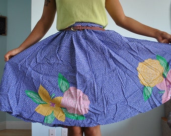 Long flowy vintage light weight skirt size med /10