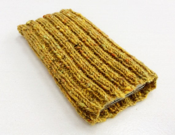 Knitting Pattern Phone Sock : Knitted iPhone sock for SE 4 4S 5 5S smartphone cover