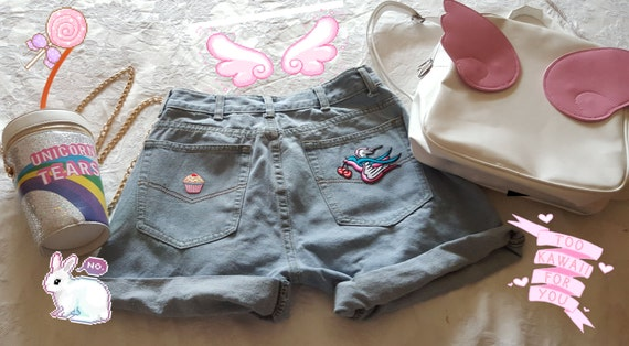 Baggy Loose Fit Vintage Boyfriend Denim Shorts Light Blue With Cute Kawaii Pastel Goth Tattoo Swallow Tumblr Embroidered Patch Detailing