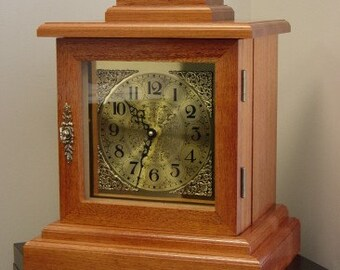 Mantle Style Clock