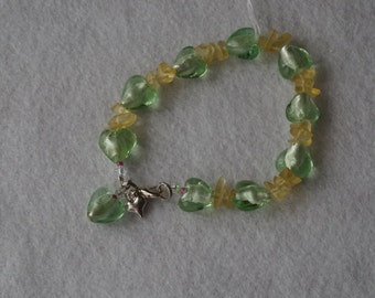 Pale green and citrine glass heart bracelet