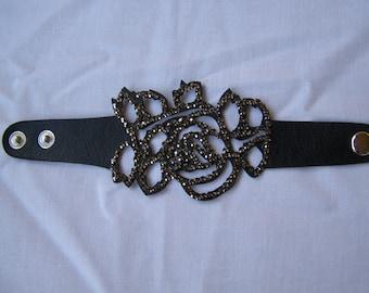 Handmade roses crystals bracelet