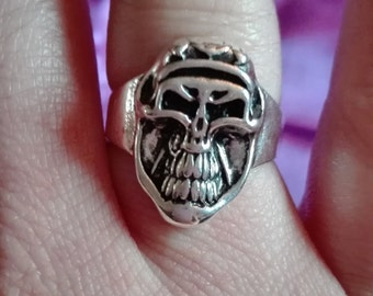 stainless steel smiling skull ring size O
