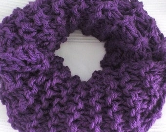 Super chunky hand knitted infinity snood