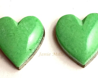 howlite green heart 13mm set of 2 cabochons