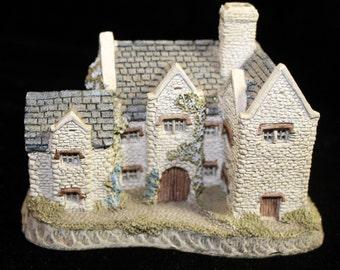 "David Winter's ""Blackfriar's Grange"" Collectible Cottage"