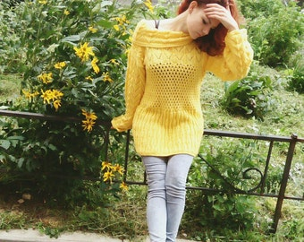 Yellow patterned pullover with a wide neck