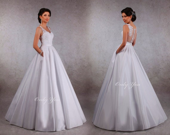 A Line Wedding Dress With Pockets Taffeta By Aleshandmadeua