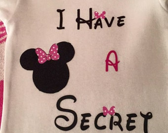 Big sister announcement shirt with Minnie or Mickey mouse