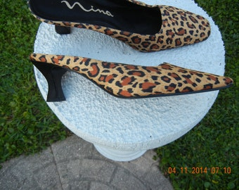 Womens shoes , Dress shoes , Footwear , Slip on shoes ,