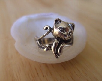 Ring. cat shaped,cat ring ,cat,solid sterling silver , hand made,unique