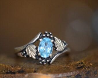 Light Blue Gemstone Sterling Silver Vintage Gold Plated Leaf Ring, US Size 8.0, Used