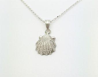 Silver shell pendant, silver shell pendant, silcer pendant