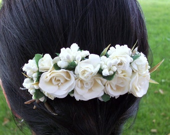 Ivory bridal  hair comb, flower wedding comb, bride Ivory hair accessory, bridal off white hair piece, floral hair comb, fancy comb flower