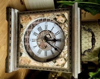 Alice in Wonderland Clock. Cheshire Cat. Arthur Rackham Clock. Alice in Wonderland Decor. Wooden Clock. Carriage Clock. Cheshire Cat Clock.