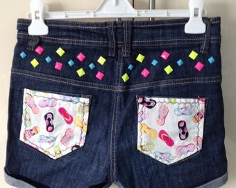 Denim shorts with flip flop fabric