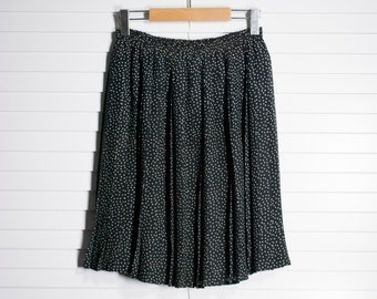 polkadot knee length pleated skirt